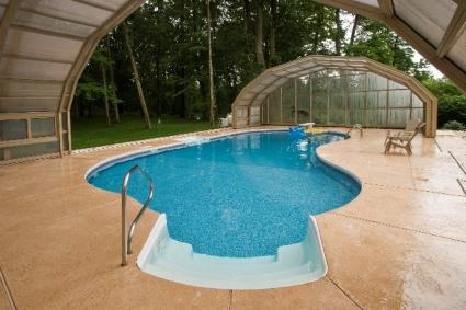Stoett | Indoor Outdoor Enclosure | freestanding pool cover 3_90
