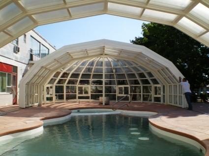 Stoett | Indoor Outdoor Enclosure | freestanding pool cover 64