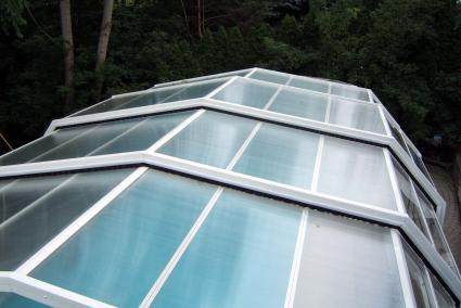 Stoett | Indoor Outdoor Enclosure | freestanding pool cover 158