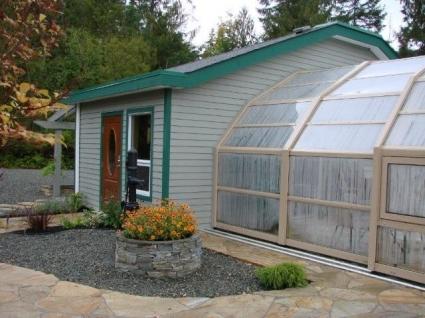 Stoett | Indoor Outdoor Enclosure | freestanding pool cover 90
