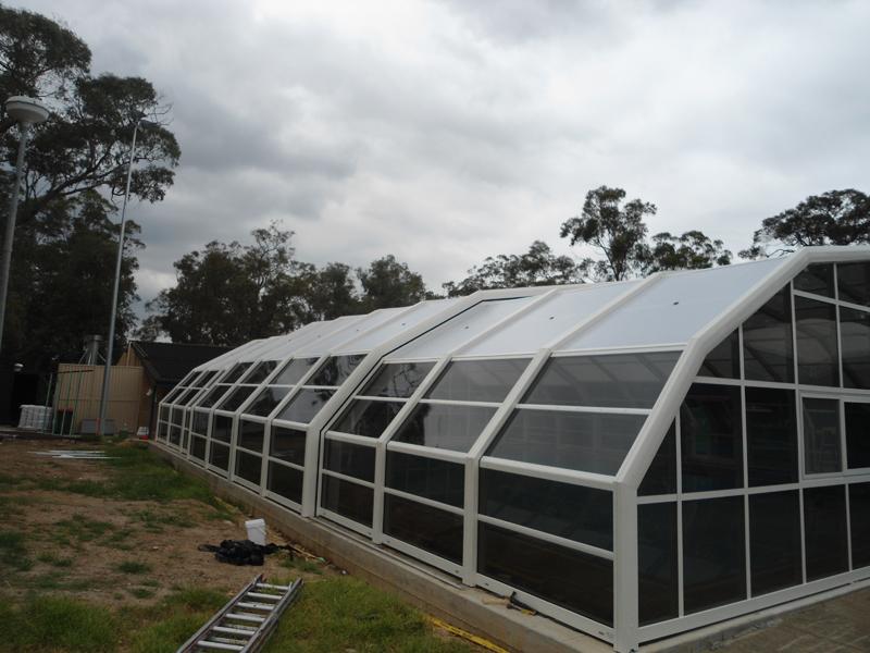 Stoett | Indoor Outdoor Enclosure | freestanding pool cover glenbrook11