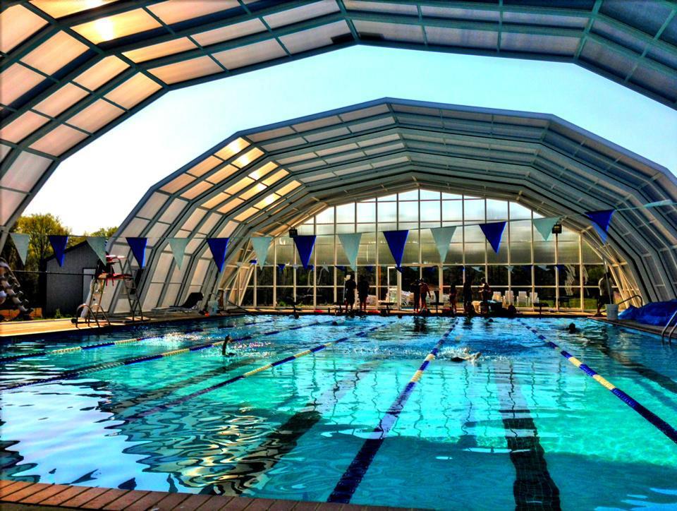 Stoett | Indoor Outdoor Enclosure | freestanding pool cover 378